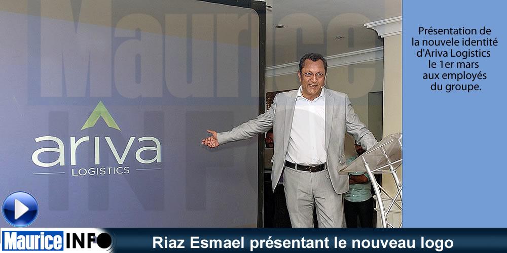 Riaz Esmael présentant le nouveau logo